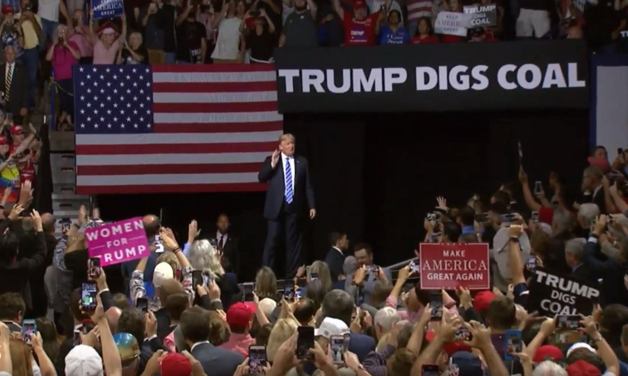 Crowd Chants 'Lock Her Up' At Trump Rally Hours After Manafort Guilty Verdict, Cohen Guilty Plea