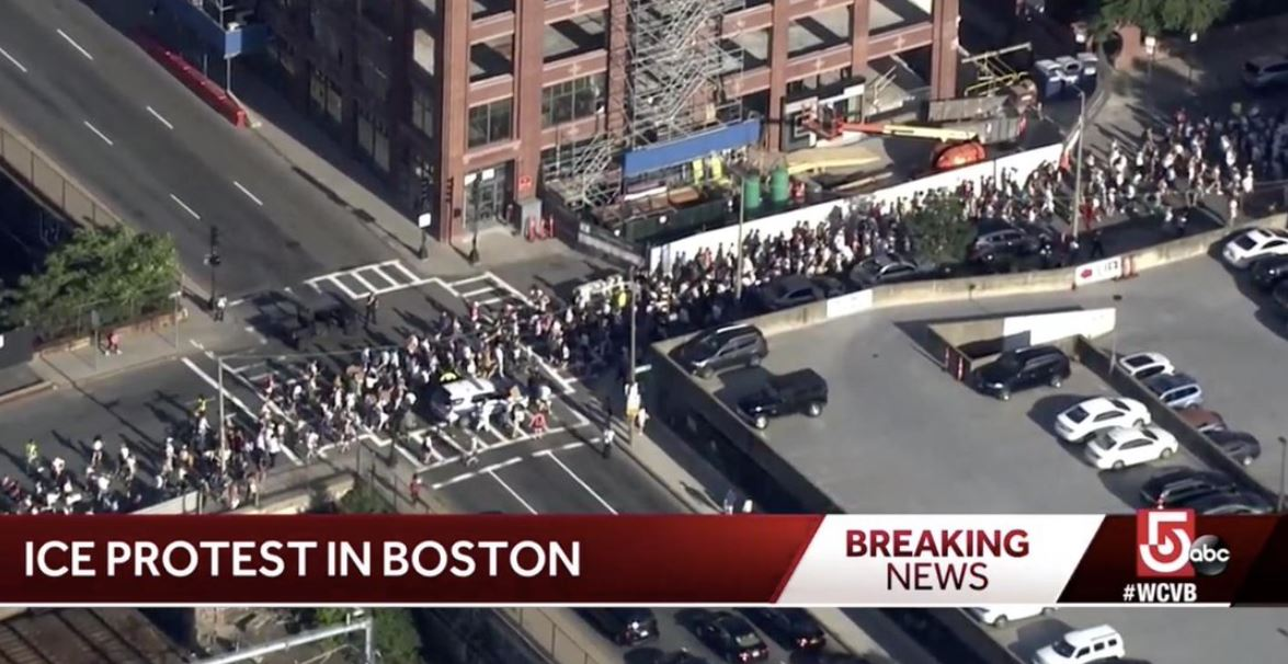 Thousands Of Jewish Activists Shut Down Traffic In Boston To Tell
